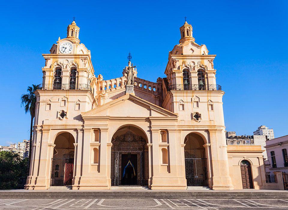 argentinien-cordoba-catedral-de-cordoba