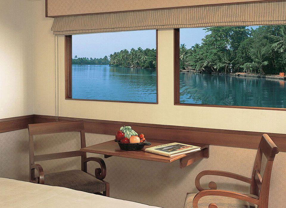 Indien: Obero Vrindai Flusskreuzfahrt - Deluxe Cabin