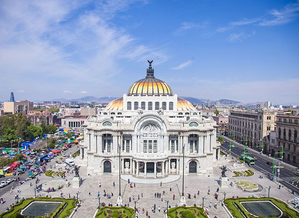 mexiko-mexico-city-palacio-de-bellas-artes