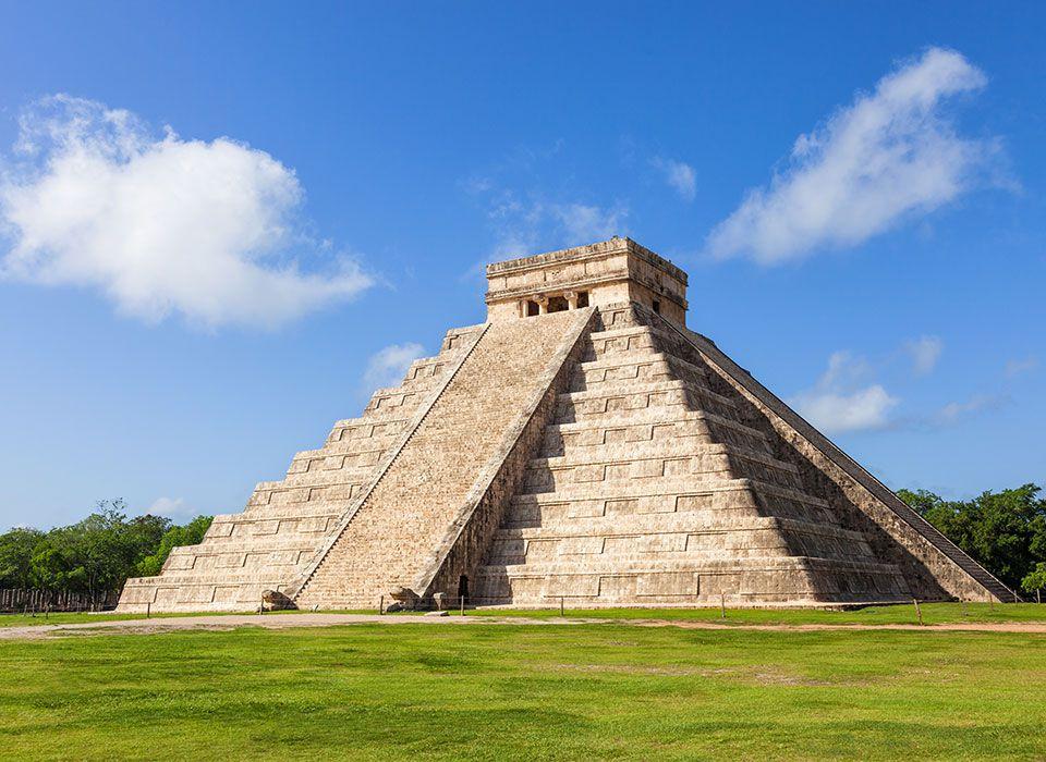 mexiko-yucatan-chichen-itza-maya-ruinenstadt-kucultan-pyramide