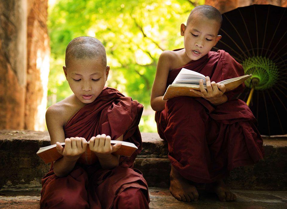 myanmar-junge-moenche