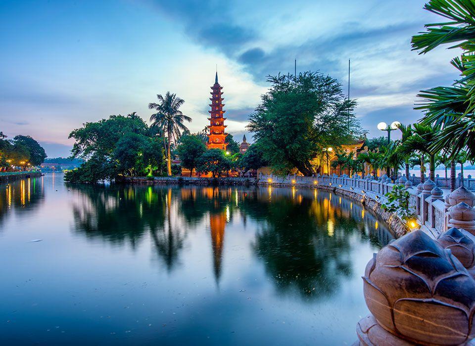 Vietnam: Tran Quoc Pagode in Hanoi