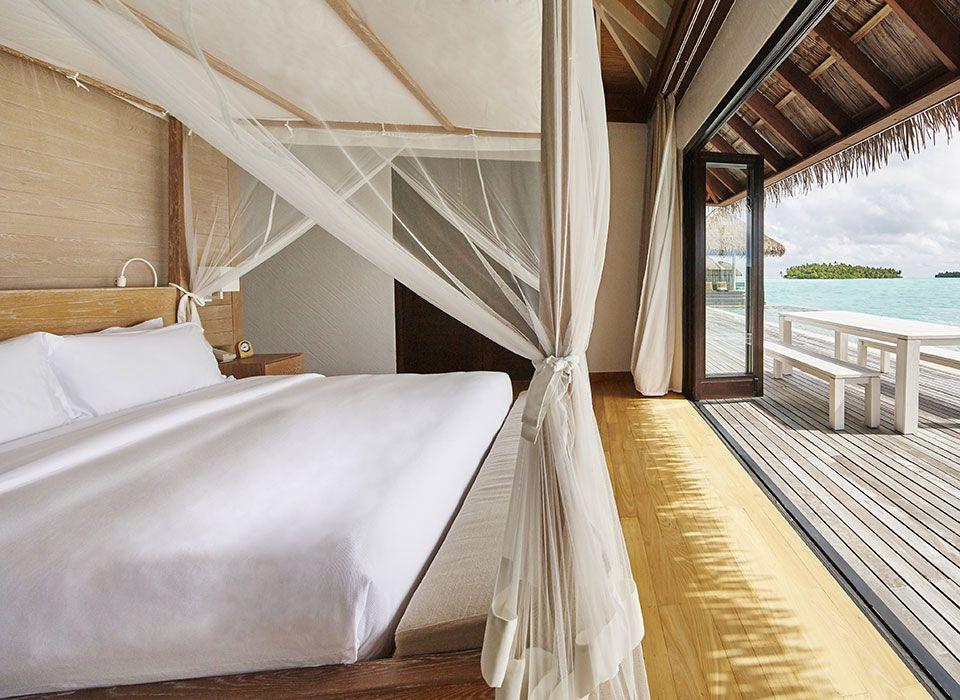 COMO Maalifushi - Malediven - Thaa Atoll - Water Villa - Schlafzimmer