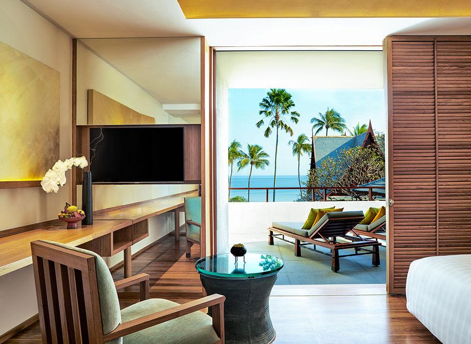 chiva-som-ocean-premium-room-living-area